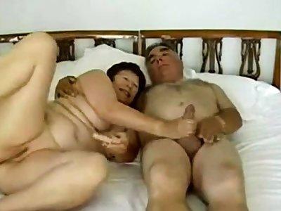Age-old Couple sucks