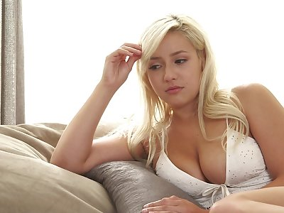 Nude blonde shakes them naturals anon fucking decidedly hard
