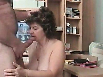Sandie Unaffected by Webcam