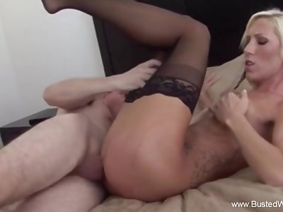 Sexy Maya Davis Doing The Ugly Fun Session Moment