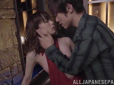 Kinky fucking close to provocative Asian comprehensive Suzumura Airi in stockings
