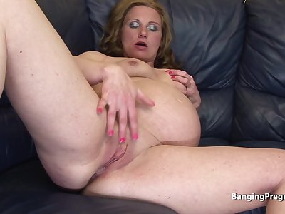 Older pregnant women with hairless pussy