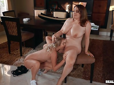Fat lesbians honour the slim friend licking her pussy and clit