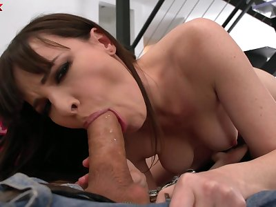 Wild together with unparalleled horny all over the whole neighborhood nympho Dana DeArmond gives BJ