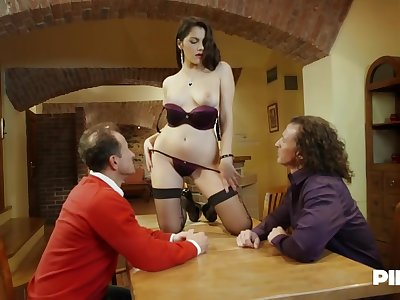 Valentina Nappi is strenuously sucking dicks during a trinity and enjoying to the fullest getting doublefucked